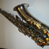 Saxofon tenor Si bemol Arta Guban