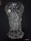 Vaza cristal Boemia gravata manual, anii '70, deosebita foto