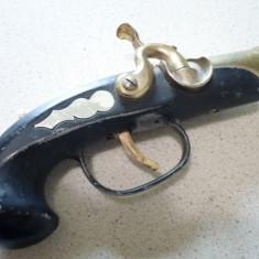 Bricheta metalica cu benzina si piatra pistol veche - Bricheta de colectie