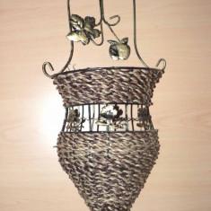 Suport flori - Suport pentru flori foarte decorativ - hand made - din metal - de agatat pe perete