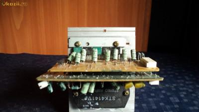 STK 4141 V , condensator, integrat tranzistori finali etc foto