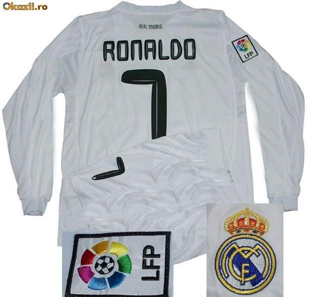 Echipament / Tricou Real Madrid ORIGINAL OFICIAL DE JOC - C. Ronaldo foto mare