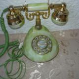DEOSEBIT TELEFON MODEL ANTIC IMITATIE ONIX CU MINER DE ALAMA