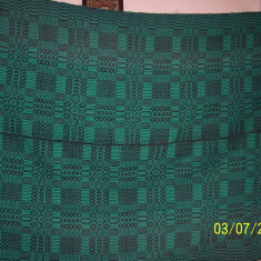 Covor vechi - Covor din lana traditional autentic taranesc, tesut manual la razboi, cu model geometric verde, Ardeal/ Transilvania-Alba, 1950