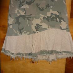 Fusta VINTAGE stil Army marimea 40 - Haine vintage