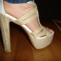 Sandale de vara impletite cu toc gros ! Sfoara aplicata! Mar 39 - Sandale dama, Culoare: Alb, Alb