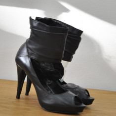 Sandale dama - SANDALE DE PIELE CU TOC INALT SI PLATFORMA MARIMI DE LA 35 LA 40