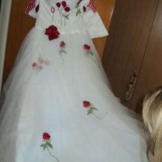 Vand rochie noua mireasa model 2013 import australia - Rochie de mireasa printesa