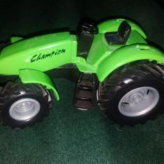 Macheta tractor Welly, Farm Champ( CU MOTORAS MECANIC, 15cmx 8cmx 7cm) - Colectii