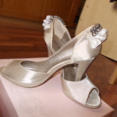 Pantofi dama, Marime: 38, Crem - Pantofi mireasa, mar 38, purtati 1 data