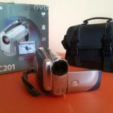 Camera video CANON DC 201, DVD, CCD, 30-40x, Intre 2 si 3 inch