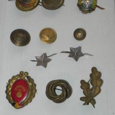 Insigna, Romania de la 1950 - LOT INSIGNE, STEME, EMBLEME, INSEMNE MILITARE, STELE GRADE RSR