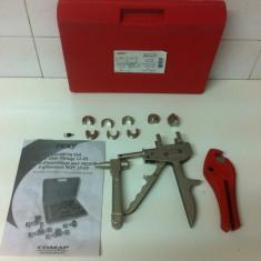 Trusa pentru montare tevi, coturi .. etc . PEXY, COMAP - Patent/Cleste