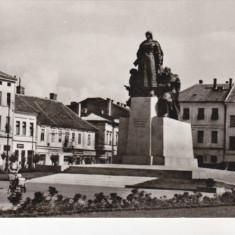 Bnk cp Arad - Statuia lui Avram Iancu - circulata