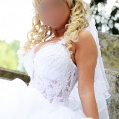 Vand rochie de mireasa