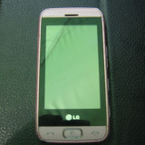 LG GT400 Viewty Smile: telefon decodat, touchscreen, camera 5megapixeli cu stabilizator de imagine - Telefon LG, Roz, Neblocat, 5 MP, Wi-Fi: 1