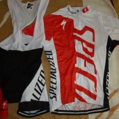 Echipament ciclism complet specialized rosu set pantaloni cu bretele si tricou