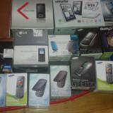 Lichidare stoc - Vand la pachet promo 1 tableta si 15 telefoane noi - Telefon mobil Dual SIM