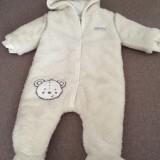 Combinezon bebelusi 0-3 luni alb cu ursulet nou