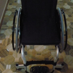 Scaun cu rotile - Carut NOU SPORT 9 Kg pentru persoanele cu dizabilitati