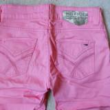 Pantaloni 3/4 Tommy Hilfiger - somon- dama 26