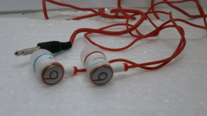 Casti iBeats Monster Beats by Dr Dre Pentru Ipod, Iphone Mp3player Telefon-Lichidare Stoc foto