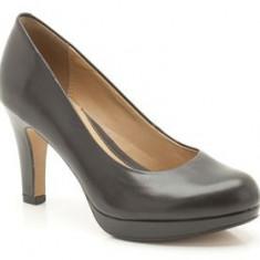 Pantofi dama - Vand pantofi noi din piele Clarks 38