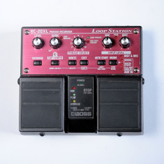 BOSS RC 20 XL by Rolland (phrase recorder-loop station) 9.9/10 - Efect Chitara