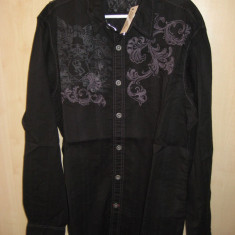 Camasa Marca GUESS Model slim fit 100% ORIGINALA Culoare Neagra Marime L cumparata SUA - Camasa barbati Guess, Marime: L, Culoare: Negru, Maneca lunga