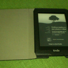 Kindle Paperwhite (Wifi+3g) + husa piele Roocase - eBook Reader Kindle Paperwhite Amazon
