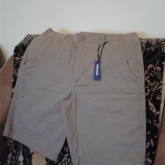 Pantaloni 3/4 Old Navy Noi SUA - Pantaloni barbati Old Navy, Marime: 31, Trei-sferturi, Bumbac