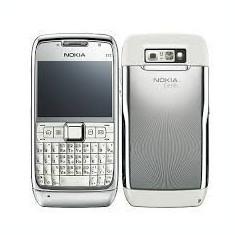Telefon mobil Nokia E71, Alb, Neblocat - Nokia E 71, Stare perfecta de functionare, Arata 9/10, Liber de retea