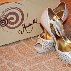 Pantofi de mireasa Malinelli cu cristale Swarovski - Pantof dama, Marime: 35, Culoare: Crem, Crem