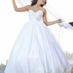 Rochie de mireasa ERSA, alba, stare foarte buna, model 2012, lucrata manual, voal lung - Rochie de mireasa printesa