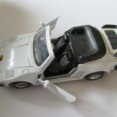 MACHETA PORSCHE 911 TURBO CABRIOLET SCARA 1:36 (NU ESTE CHINEZEASCA) - Macheta auto, 1:32