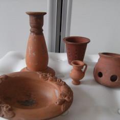 Arta Ceramica - Superb lot format din cinci obiecte vechi din ceramica, de colectie/decor.