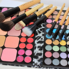 Trusa machiaj 72 culori fard + Set 12 pensule machiaj Fraulein38 + borseta - Trusa make up