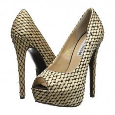 Pantofi cu toc femei 425 Steve Madden Redcarpt | 100% originali | Livrare cca 10 zile lucratoare | Aducem pe comanda orice produs din SUA - Pantof dama