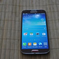 Telefon mobil Samsung Galaxy S4, Rosu, 16GB, Neblocat, Single SIM - Samsung Galaxy S4 red