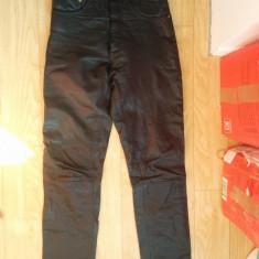 Pantaloni din piele marimea 27, arata ca noi! - Pantaloni dama, Culoare: Negru, Lungi