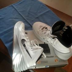 Hyperdunk 2013 fete alb - Adidasi barbati Nike, Marime: 36, Textil