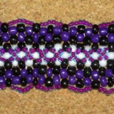 Bratara handmade din margele de sticla de culoare violet - Bratara din margele