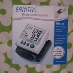 Aparat monitorizare - Tensiometru digital bratara Sanitas SBC25