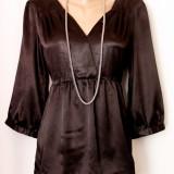 Bluza satin negru, model deosebit, marimea M