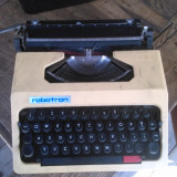 masina de scris robotron