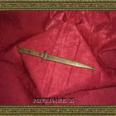 Stilet antic sec 19