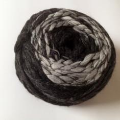 Fire - Fir de tricotat crosetat, lana 50%, moale, tip suvita, degrade lung