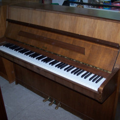 Pianina Rosler aproape noua, cu garantie si acordaj
