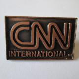 INSIGNA CNN INTERNATIONAL 29 X 18 MM, America de Nord