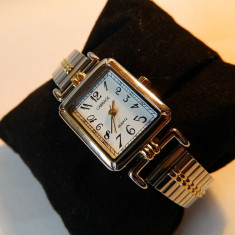Ceas de dama CARRIAGE (by Timex), doua nuante, bratara expandabila - Ceas dama Timex, Casual, Quartz, Metal necunoscut, Piele - imitatie, Analog